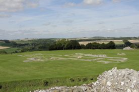 Old Sarum By Nessy-Pic (Own work) [CC BY-SA 3.0 (http://creativecommons.org/licenses/by-sa/3.0)], via Wikimedia Commons