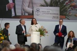 """Die Gewinner in der Kategorie Übersetzung für """"Das Internat"""" von Serhij Zadan"""