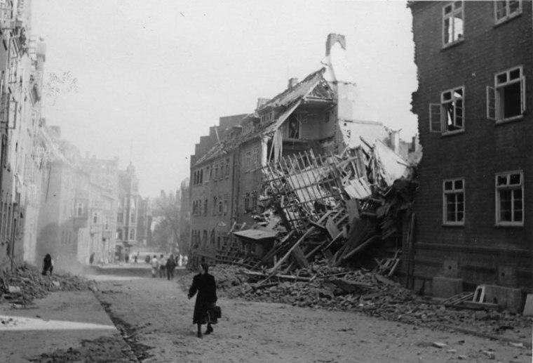 Luftangriff auf Kiel