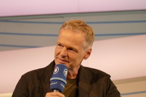 Wolf Haas auf der ARD-Bühne
