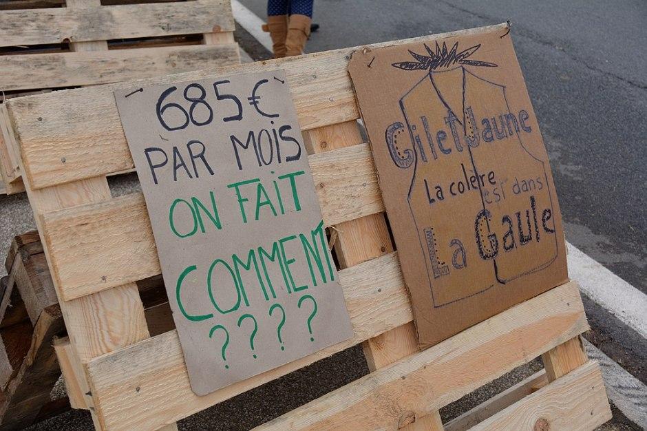 Manifestation des gilets jaunes, au carrefour des Errues, à Menoncourt, le 25 novembre 2018 Photo: Thomas Bresson