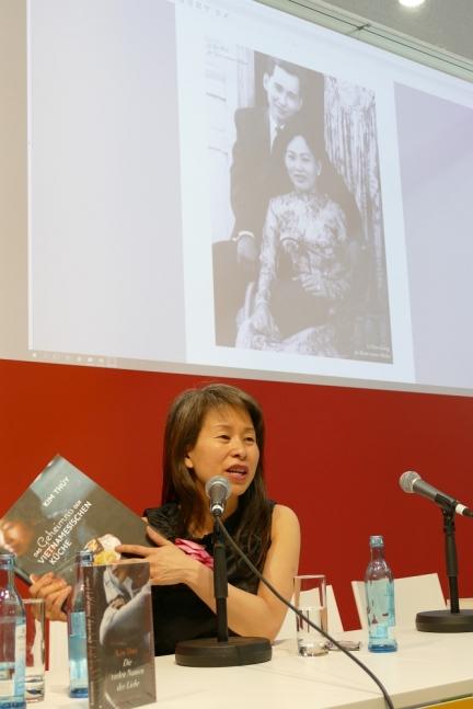 """Kim Thuy stellt ihre """"Geheimnisse der vietnamesischen Küche"""" vor"""